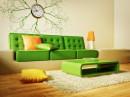 沙发挂钟茶几与墙纸