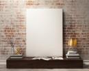 靠墙放着的空白无框画摄影