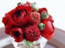 水杯里的玫瑰花