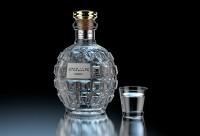 白酒瓶包装建模与材质渲染——C4D与OC讲解