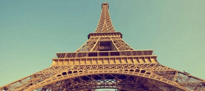 MAYA巴黎铁塔模型制作